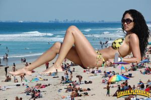 Giantess Kimora Lee at the beach by lowerrider