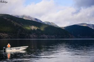 cloudy morning over Hakone lake by Rikitza