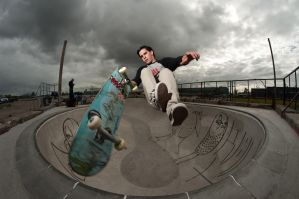 Tim B, Fingerflip to tail by eddiethink