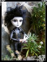 Edward among plants 2 by Dynamene-Dolls