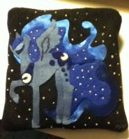 MLP: FIM S2 Luna Handwarmer by Yarn-and-Ink