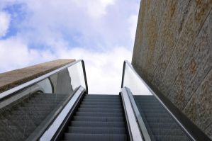 Yad Vashem escalator by dpt56