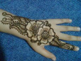 My Henna 1 by honeyness