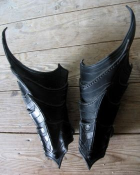 drow bracers 2 by Sharpener