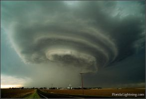 Supercell Thunderstorm by bradlan