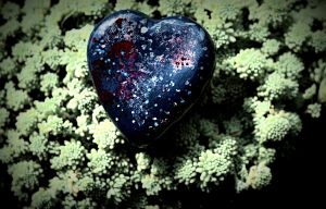 Heart with the motive of the univers by aszoka
