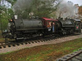 Tank Engine Twins- NHV 17 And Flagg 75 by CSX5344