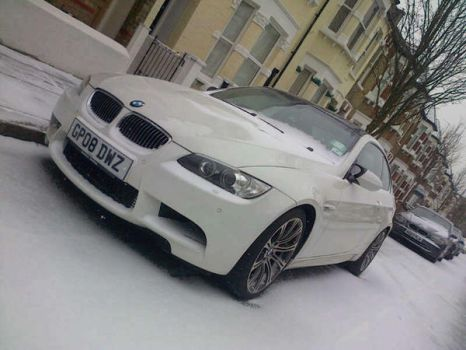 BMW M3 in the snow by tresspaser64