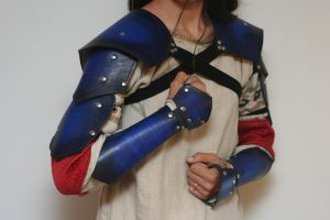 Sapphire Leather Pauldrons and Bracers Set by Versalla