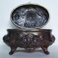 lil fancy box02 by Holy-Win