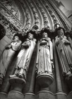The Eyes of Notre Dame by alaarch