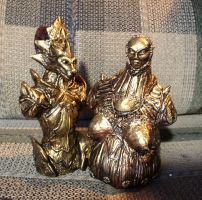 Dark Souls Ornstein and Smough mini statues by futantshadow