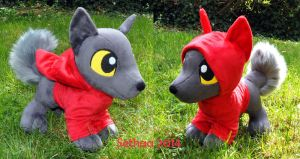 (Some)Wolf plush by Sethaa