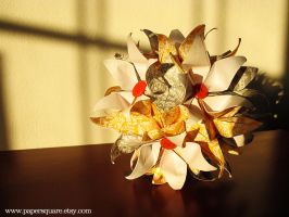 Passiflora Daisy Kusudama Ball by PaperSquare