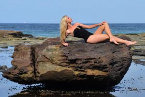 Kahli - rock pose 1 by wildplaces
