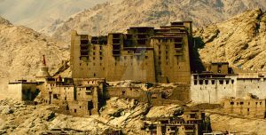 Leh Palace by fro3enfire