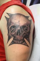 realistic skull by SimplyTattoo