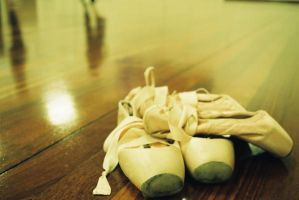 Ballet: Pointe Shoes IV by angiepantz