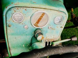 Tractor Gauges by RainbowGuitars