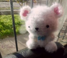White bear :3 by JustYexii