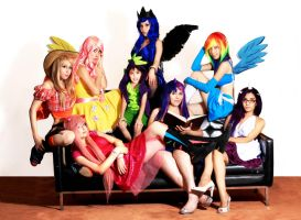Little Pony Grupal cosplay by CherrySteam