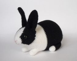 Dutch rabbit by LunasCrafts