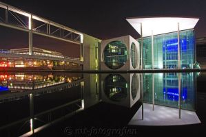 Mirror beauty in the night 4 by MT-Photografien