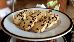chocolate chip cookies.. by jeffzz111