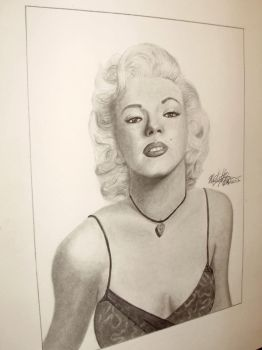 Miss Monroe by MichelleZombie