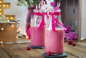 raspberry and green tea smoothie by Pokakulka