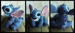 Stitch by Atruyis