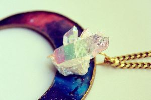 Cryscent necklace by asunder