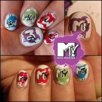 MTV nails by Ninails