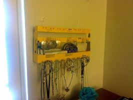 Ricola Jewelry Holder by mutePenguin