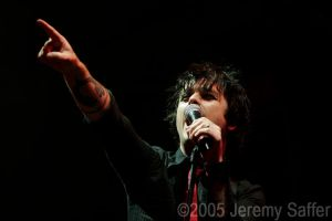 Green Day - American Idiot by JeremySaffer
