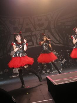 BABYMETAL 82 by iancinerate