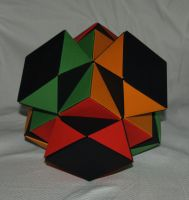 Trimod - Expanded Cube by JubbenRobot