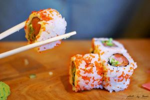 California roll 118_366 by eugene-dune