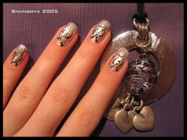 Silver love -nail-art by Shangova
