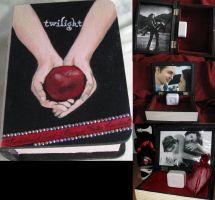 TWILIGHT Jewelry Music Box by 1Brianna1