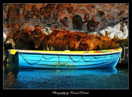 Colorful boat by zozzy1980