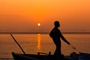 Boatsman on the Ganges by Stilfoto