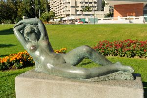 Lugano sculpture 3 by wildplaces