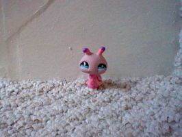 LPS Pink Snail by ButchxButtercup1996