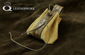 leather pouch by SqLeatherwork