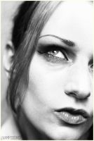 black and white self-portrait by VAMPIdor