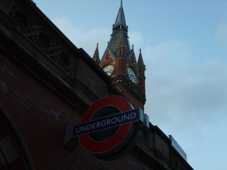 Kings Cross Station by carebeararmy