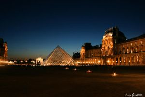 Louvre Pyramid by OnayGencturk