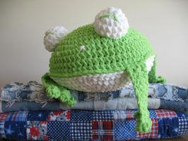 Super Chunky Frog Pillow by djonesgirlz