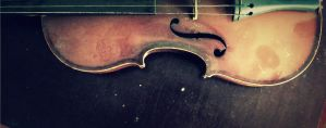 old violin by IolanthePhoto